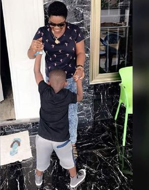 This photo of Emelia Brobbey and her son is the mummy goal you need for 2017
