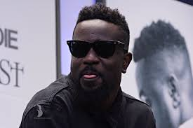 It's wrong to think rich people don't like gifts – Sarkodie