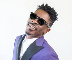 Shatta Wale reacts to gory accident in Ashaiman; calls on Ghanaians to be prayerful