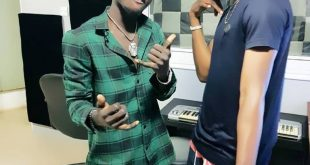 'Wetin we Gain' singer, Victor AD visits Kuami Eugene in Lynx Entertainment Studios