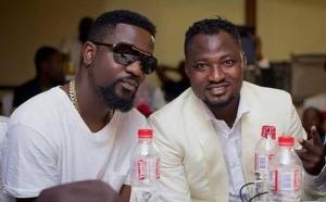 Funny Face Challenges Sarkodie In FIFA 18 Game