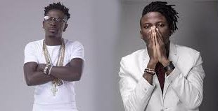 Video Shatta Wale vibes to Stonebwoy song Top Skanka