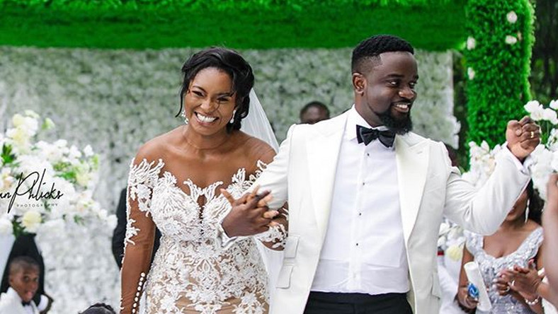 Sarkodie is refusing to feature me in any of his songs – Tracy Sarkcess