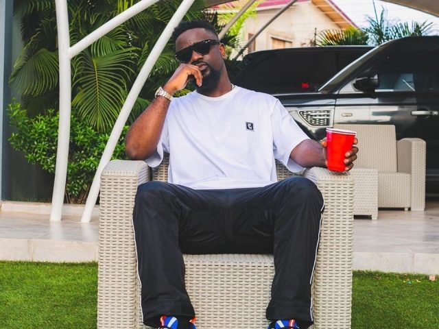 DOWNLOAD MP3 : Sarkodie ft. Mr Eazi – Do You