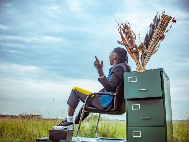 DOWNLOAD MP3 : Stonebwoy – Take Me Away ft. KiDi & Kuami Eugene